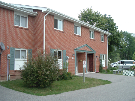 516-532 Sunnydale Place - Parkside Trail Townhomes